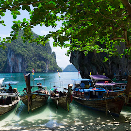 Perfect place to relax by Silviu Botis - Nature Up Close Water ( sand, asia, thailand, beach, paradise, boats,  )