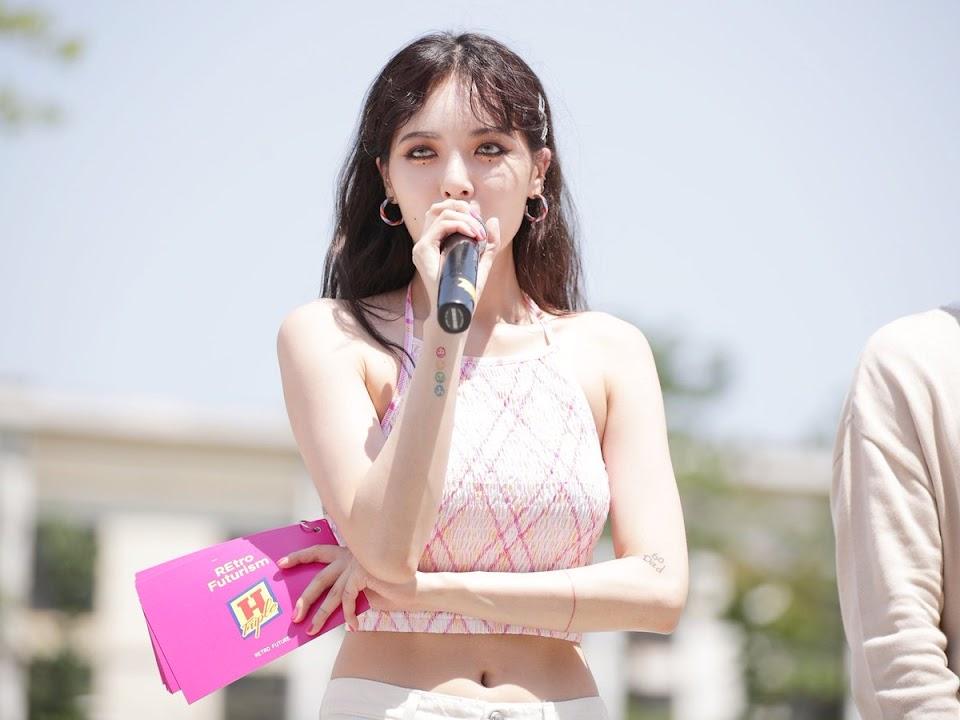 Hyuna-02