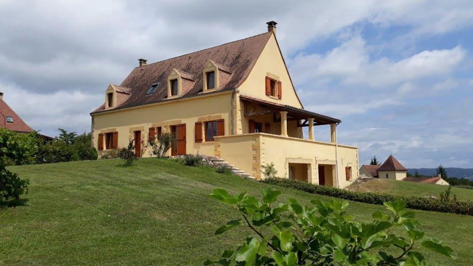 Vente maison 11 pièces 222 m² à Saint-Cyprien (24220), 477 000 €