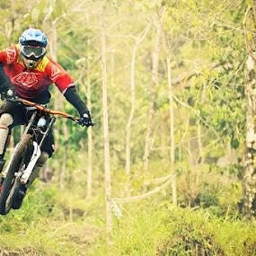 by N.T Irwanto - Sports & Fitness Cycling ( turgo, downhill, sport )