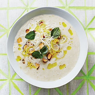 Fennel Soup with Almond-Mint Topping