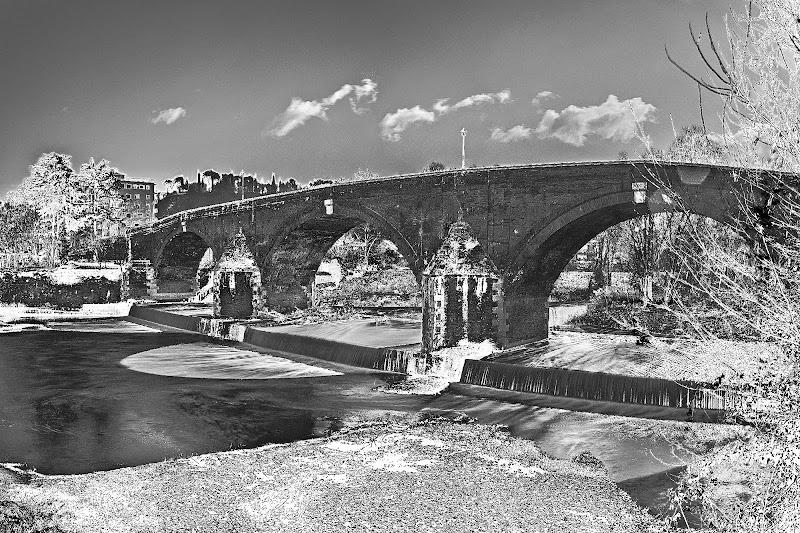il ponte vecchio a Cesena di utente cancellato
