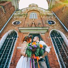 Wedding photographer Vladimir Popov (Photios). Photo of 19.10.2016