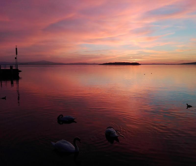Tramonto sul lago di cristina_cetra