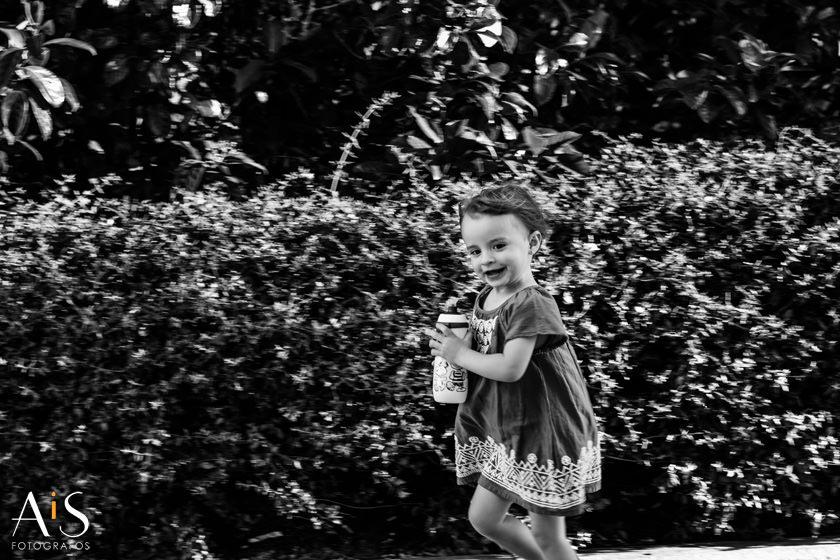 Fotografía infantil urbana y súper divertida