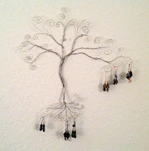 Photo: The Wired Gem Tree