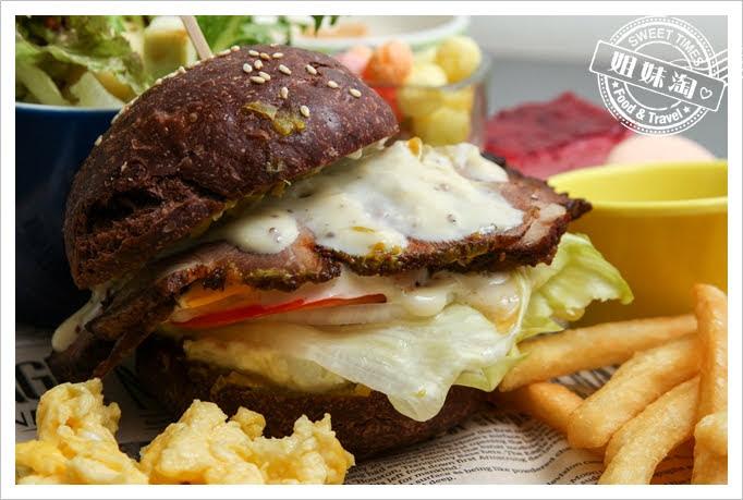 世奇商旅巧克力漢堡附煙燻匈牙利烤豬肉