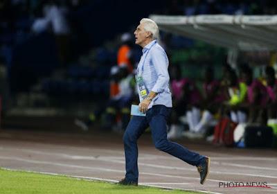 André Onana de l'Ajax n'apprécie pas la façon de procéder du coach du Cameroun, Hugo Broos