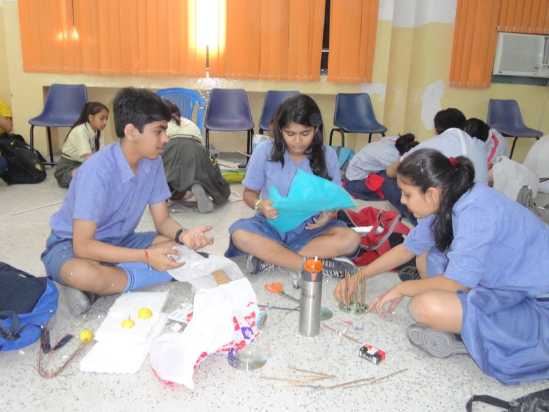 Photo: Kids for Tigers turning waste to creative crafts