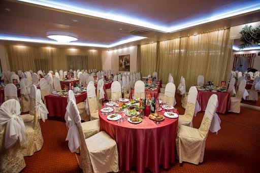 Банкетный зал «Зал «Боярский» » для свадьбы на природе 2