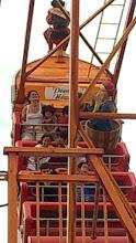 Photo: Com a Tia Lia no Barco Viking da Nicolândia