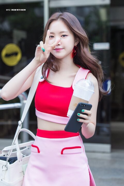 Son-Naeun-9