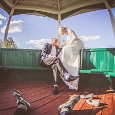 Wedding photographer Yaroslav Skuratov (Skuratov). Photo of 27.10.2014