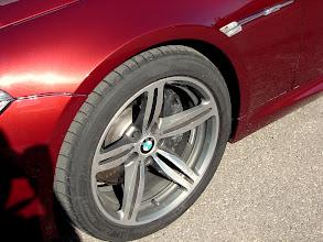 Photo: Detalle de las ruedacas delanteras de otro M5.