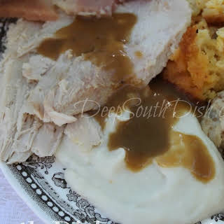 Make Ahead Turkey Gravy.