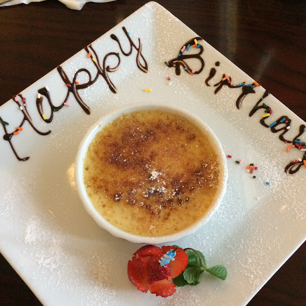 Server surprised me with a GF Creme Brûlée when he heard in the conversation at our table it was my birthday. DELICIOUS ❤️