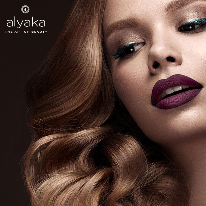 Gothic Lipstick 2020 Makeup Trends
