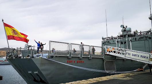Más de 4.500 personas visitan la fragata Santa María de la Armada