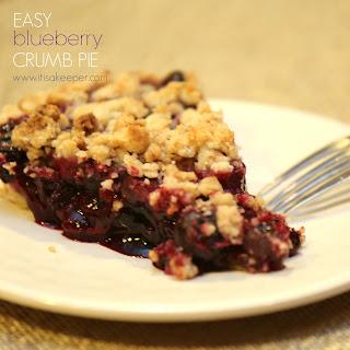 Easy Blueberry Crumb Pie