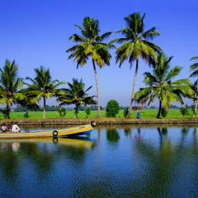 Journey by Mahul Mukherjee - Landscapes Travel ( water, reflection, waterscape, coconut tree, india, kerala, travel, boat, travel photography )