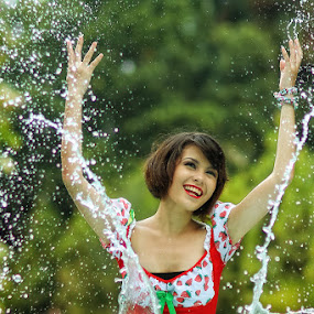 Happy Splashing by Photo Photo474 - People Portraits of Women