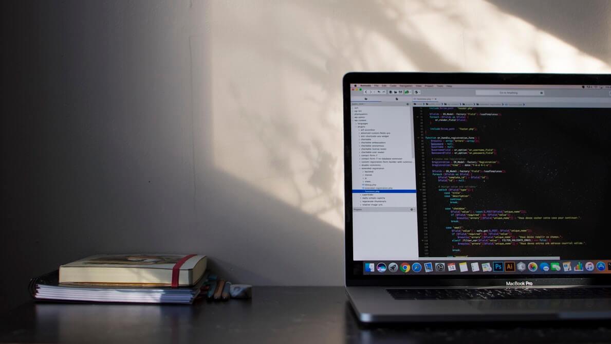 Python PHP laptop 2