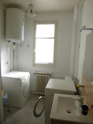 Location studio meublé 39,82 m2