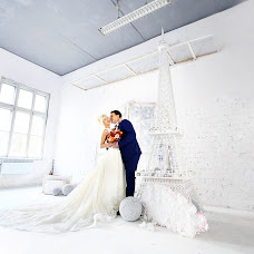 Wedding photographer Artem Tolstykh (KENT). Photo of 01.02.2016