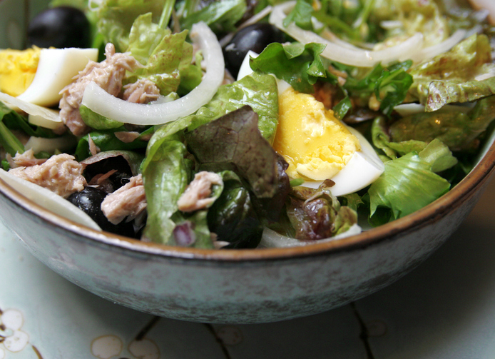 An up-close look at Salade Niçoise