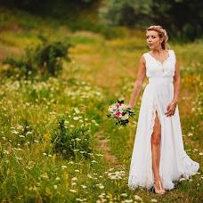 Wedding photographer Dima Gal (RoboSanta99). Photo of 22.03.2014