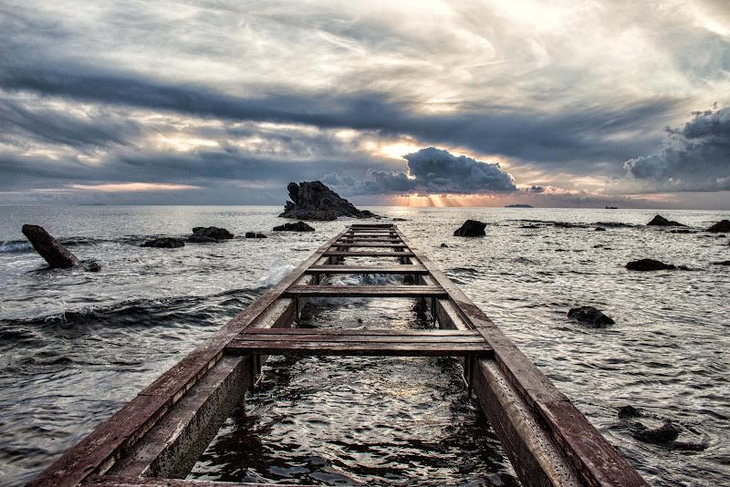 Il ponte verso le nuvole...... di Gianluca Presto