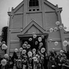 Wedding photographer Kuky Danaatmadja (danaatmadja). Photo of 24.11.2015