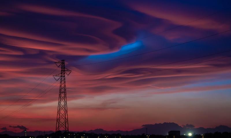 30/10/2017 - il magnetismo dei gorghi sopra la città di cardo_marianna