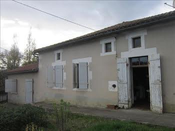 maison à Ambernac (16)