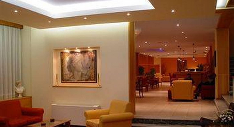 Neda Hotel