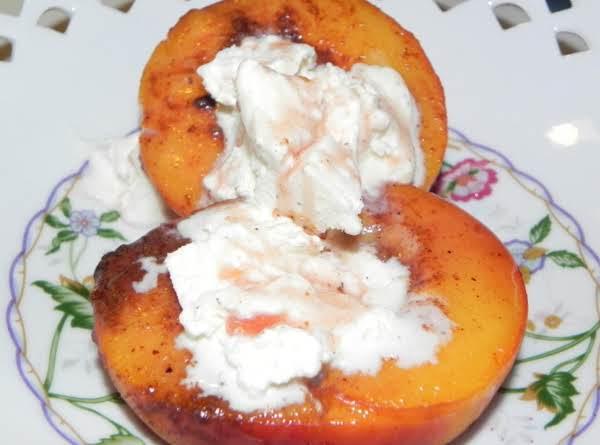 Peachy Mallow A La Mode