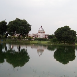 Reflexions  by Kamal Nuhiwal - Buildings & Architecture Public & Historical ( monuments, west bengal, kingdom, waterscape, rajmahal, buildings, india, palace, coochbehar )