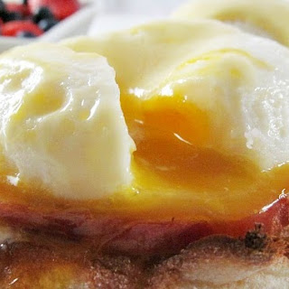 Eggs Benedict with Easy Hollandaise Sauce.
