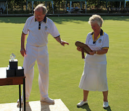Photo: HON SEC ROGER DAVIES PRESENTS THE SHIELD TO JOAN CAMPBELL, WINNING CAPTAIN