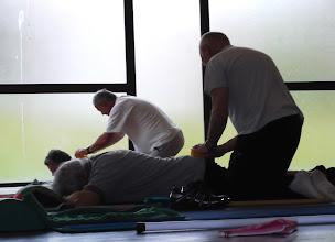 Photo: Massage: Ils s'appliquent !
