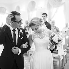 Wedding photographer Vadim Zakharischev (yourmoments). Photo of 15.02.2016