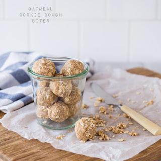 Raw Oatmeal Cookie Bites Recipe