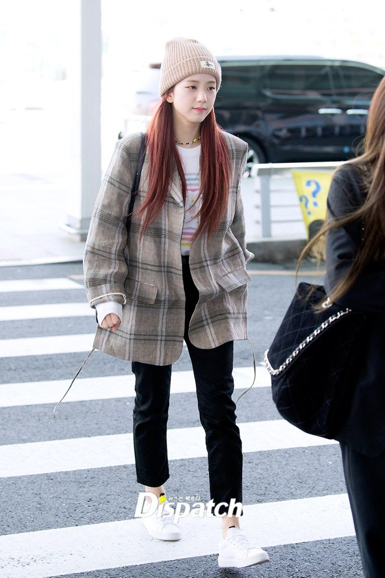 jisoo plaid 7