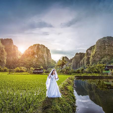 Wedding photographer Muhammad Ilham (maestrogroup). Photo of 26.06.2015