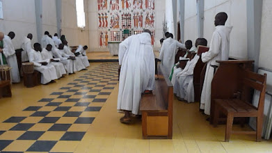 Photo: Sn2C0304-160203KeurMoussa, Abbaye, église, église, installation des moines P1040753