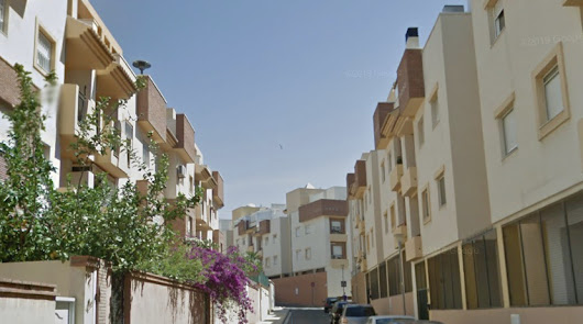 Dos heridos en el incendio de una cocina en la calle María Callas de la capital