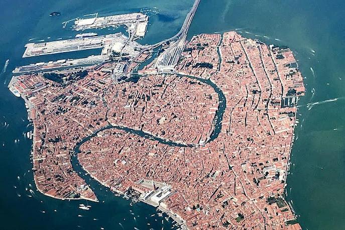10. Venezia , thành phố bồng bềnh trên biển Adriatic