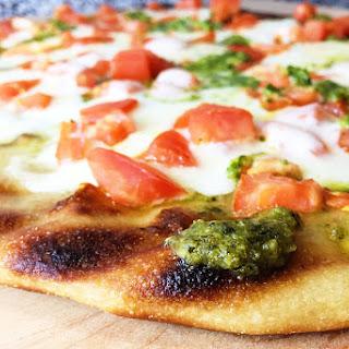 Grilled Flatbread Pesto Margherita Pizza Recipe