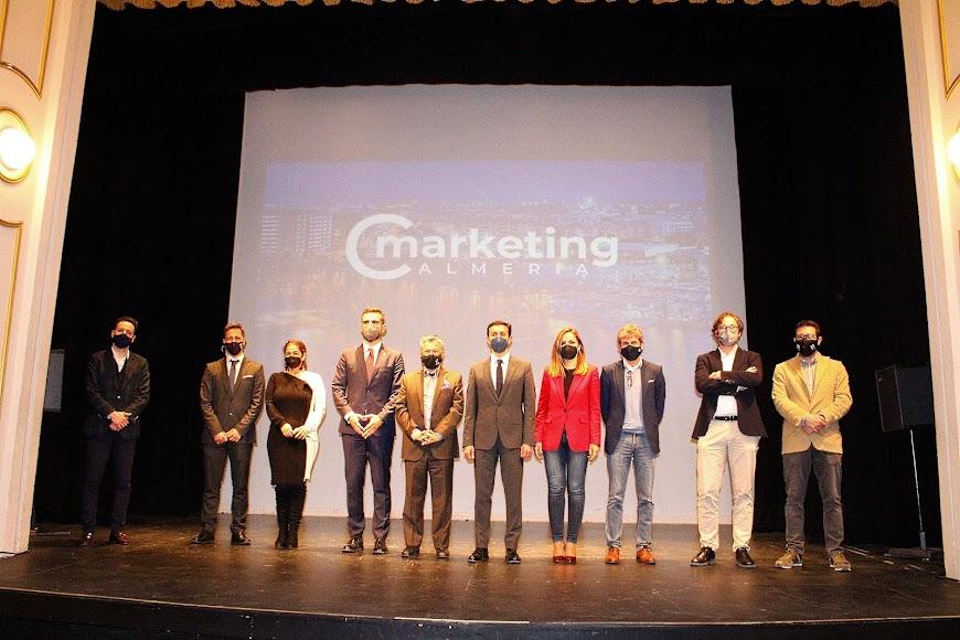 Junta directiva Club de Marketing, alcalde, presidente de la Diputación y delegada de Gobierno.