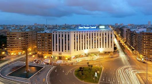 Rossell le compra al 'Banco Malo' el Hotel Parque Central de Valencia